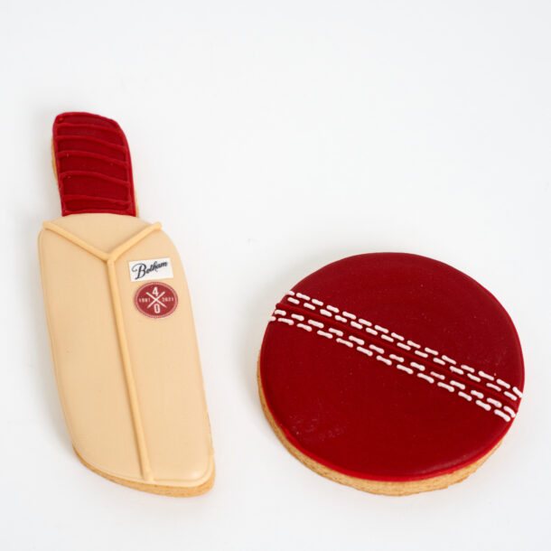 Botham Cookies Bat & Ball
