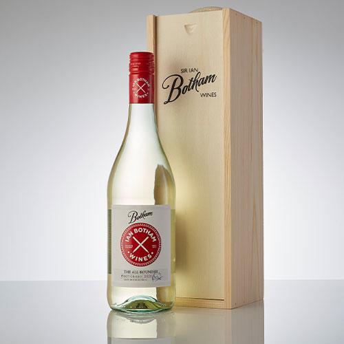 Pinot Grigio in wooden box